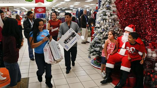 Retail Sales Seen Increasing Roughly 3 to 4 percent this Holiday