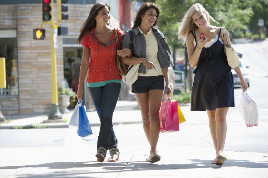 Younger Shoppers Want Stores 1